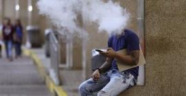 Quy định cấm hút thuốc nơi công cộng tại Thái...